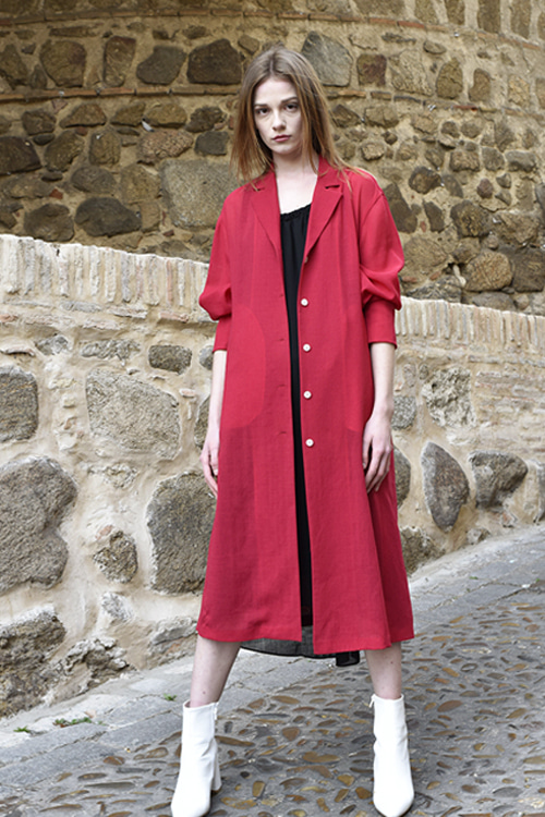 6052 Monocell Robe (red)